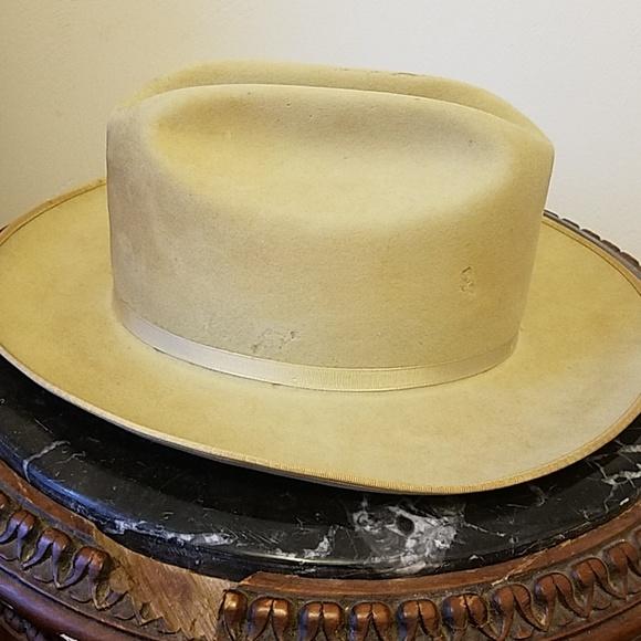 Vintage Stetson 3X Beaver Hat. M 5c3a52a9aa5719444722a809 481117b8209